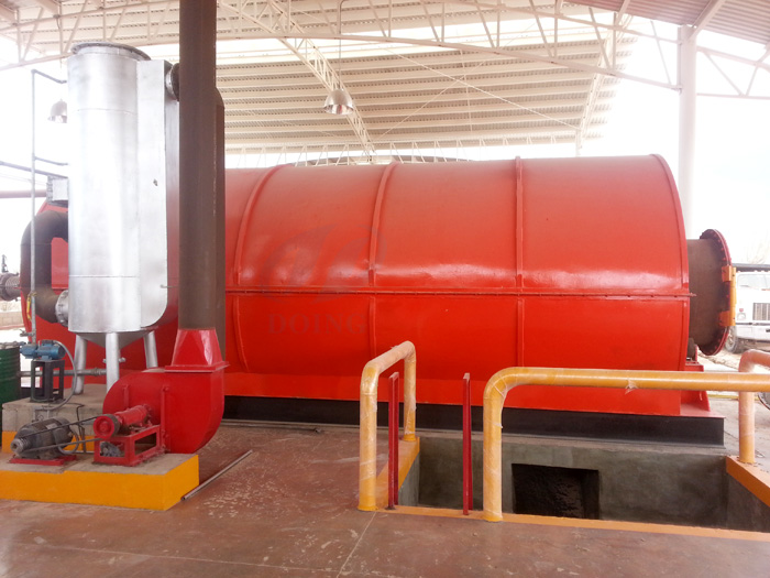 Plastic to oil conversion pyrolysis plant