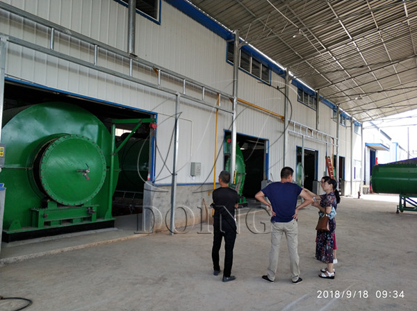 4 sets 10T/D convert plastic to oil machine completed installation in Hubei,China