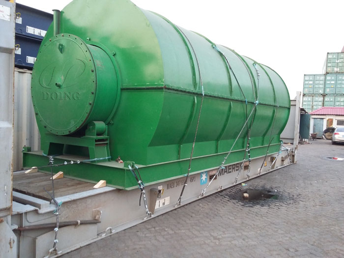Two sets 12T waste tire pyrolysis equipment were sent to Jiangsu, China