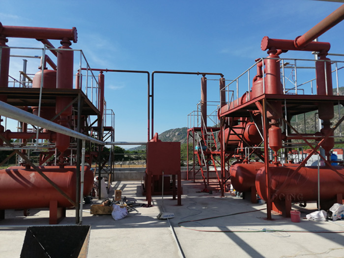 Two sets 12T waste plastic to oil plant are being installed in Vietnam