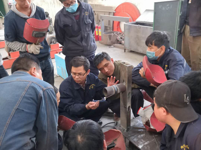 Welding process training to ensure the quality of waste tire pyrolysis equipment
