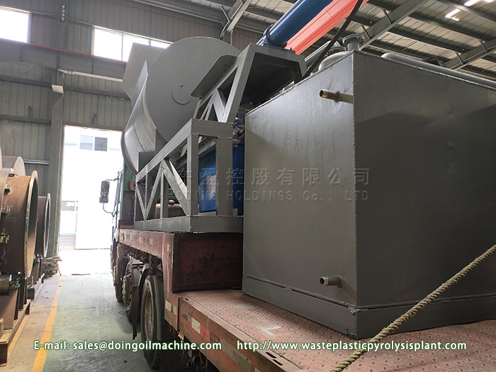 12T waste tyre pyrolysis equipment sent to Latvia