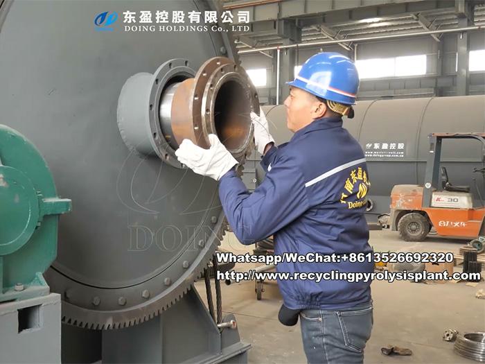 Waste plastic pyrolysis plant installation instruction video