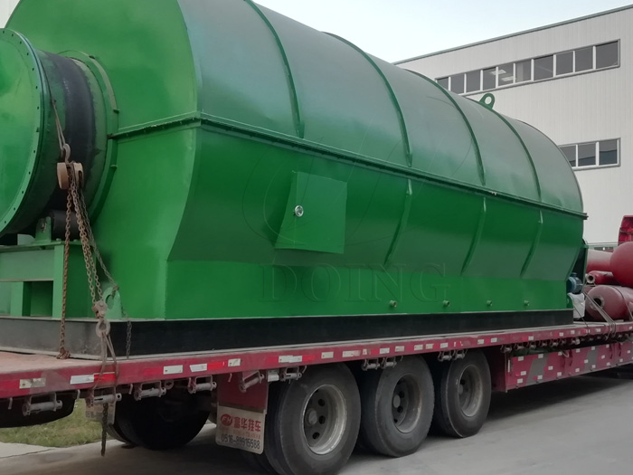 Two sets 12T waste tyre to oil recycling plant was delivered to Guangxi, China