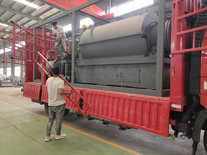 500kg mini plastic recycling pyrolysis plant was sent to Guatemala