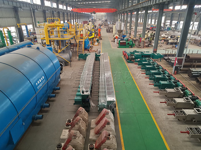 How to choose a professional waste platic pyrolysis plant manufacturer?